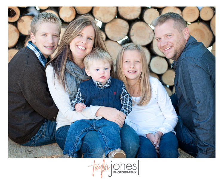 The Cook family at the Taylor Jones Photography Conifer Fall Mini Shoot