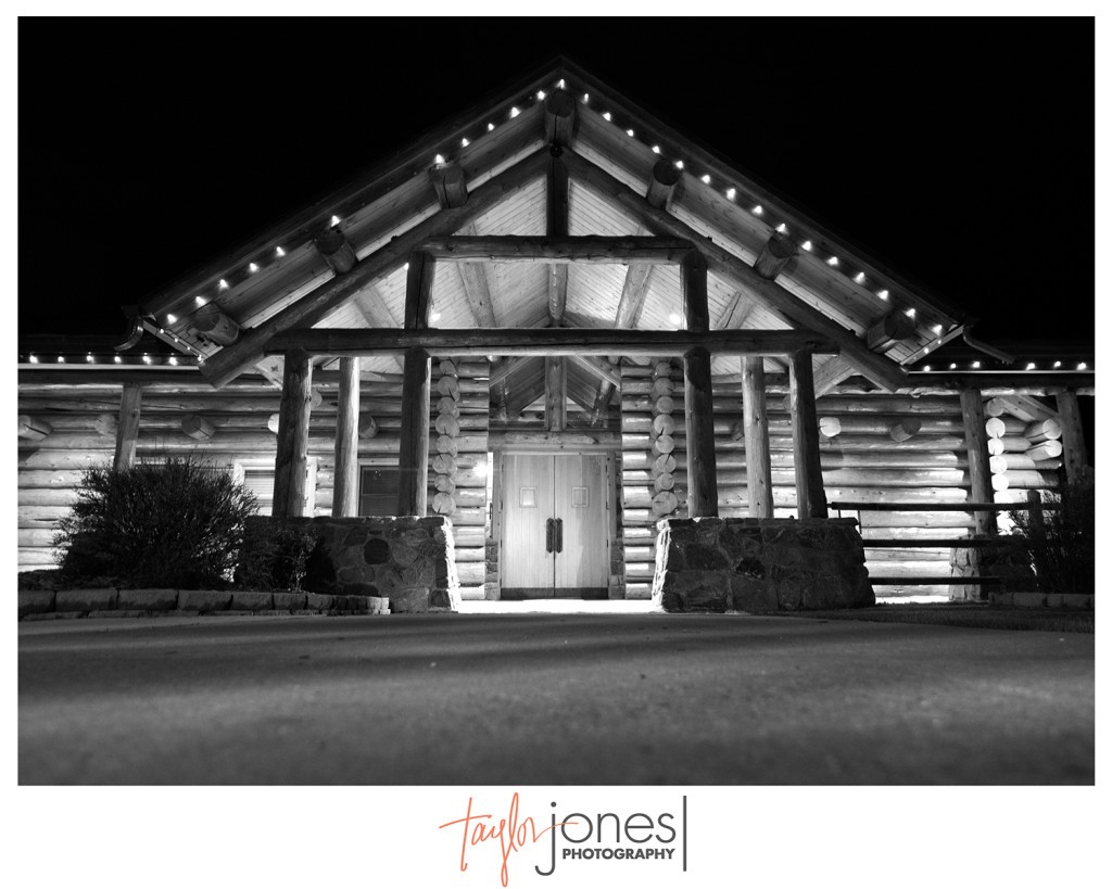 Evergreen Lake House at night