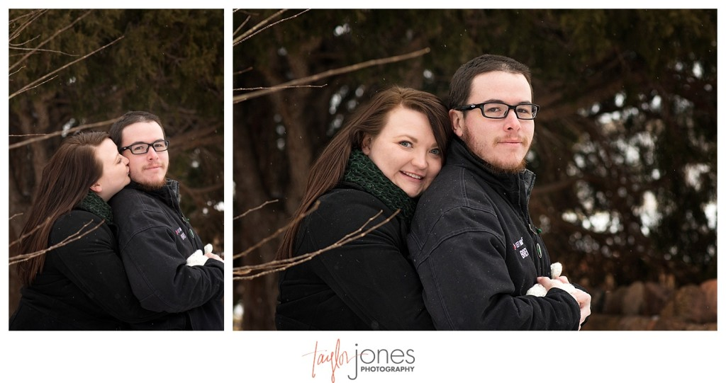 Couple engagement shoot at Red Rocks in winter