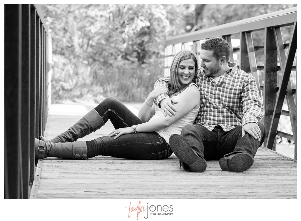 Colorado engagement shoot at Lair O the Bear couple on bridge