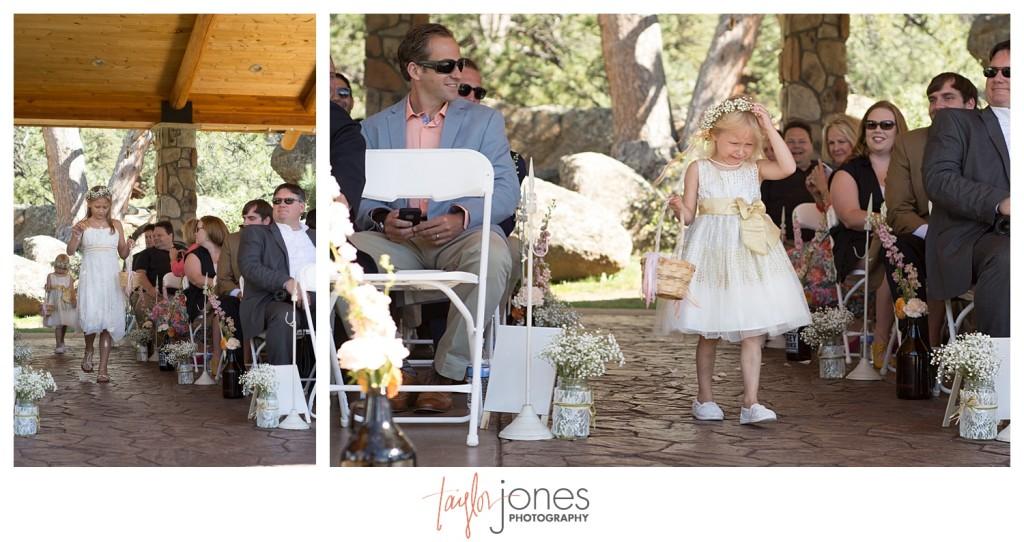 Black Canyon Inn Estes Park wedding ceremony flower girls