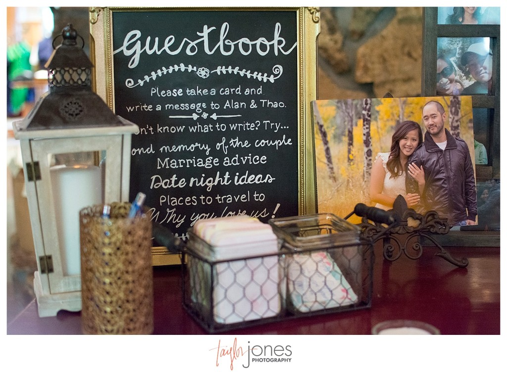 The Club at Crested Butte summer wedding guestbook