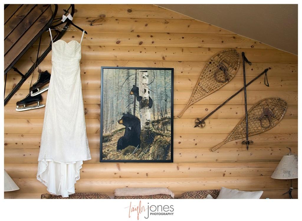 Grand Lake Colorado wedding brides dress