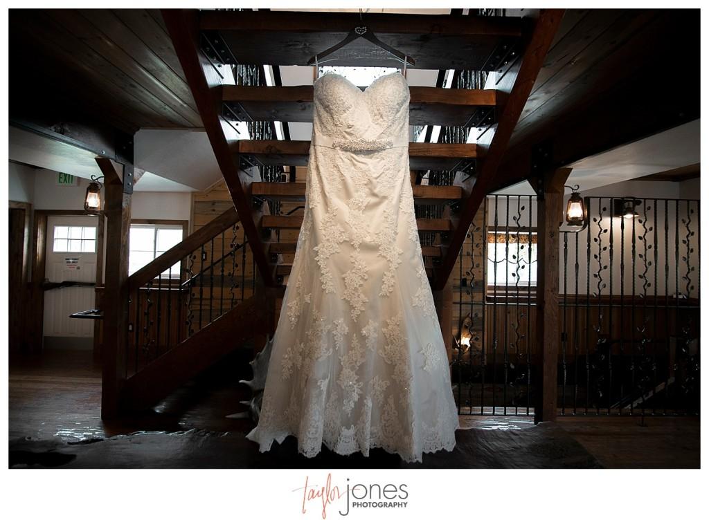 Deer Creek Valley Ranch wedding details