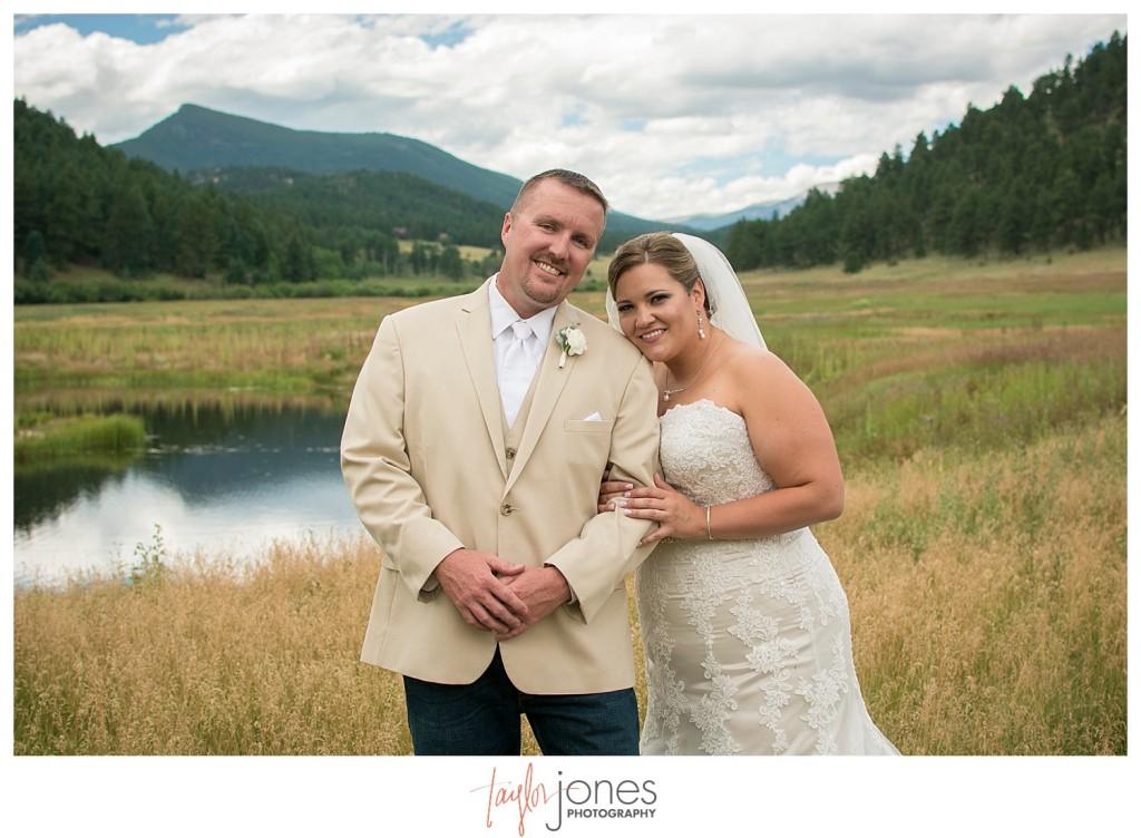 Deer Creek Valley Ranch wedding bride and groom first look portraits