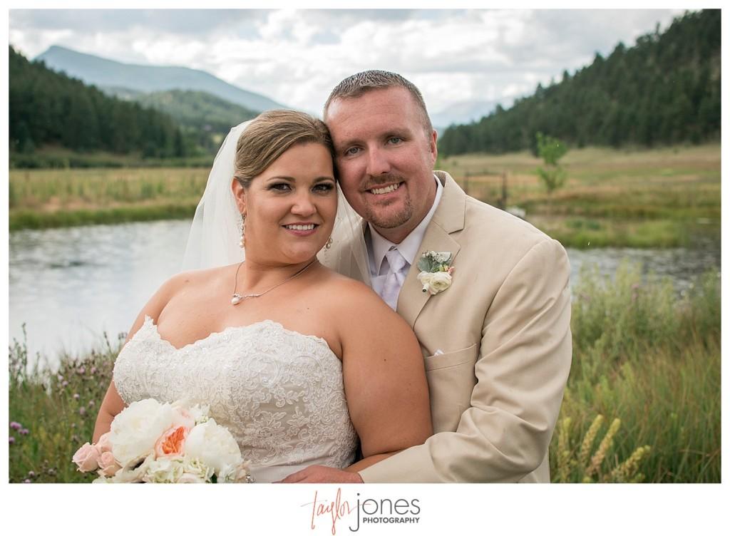Deer Creek Valley Ranch wedding bride and groom portraits