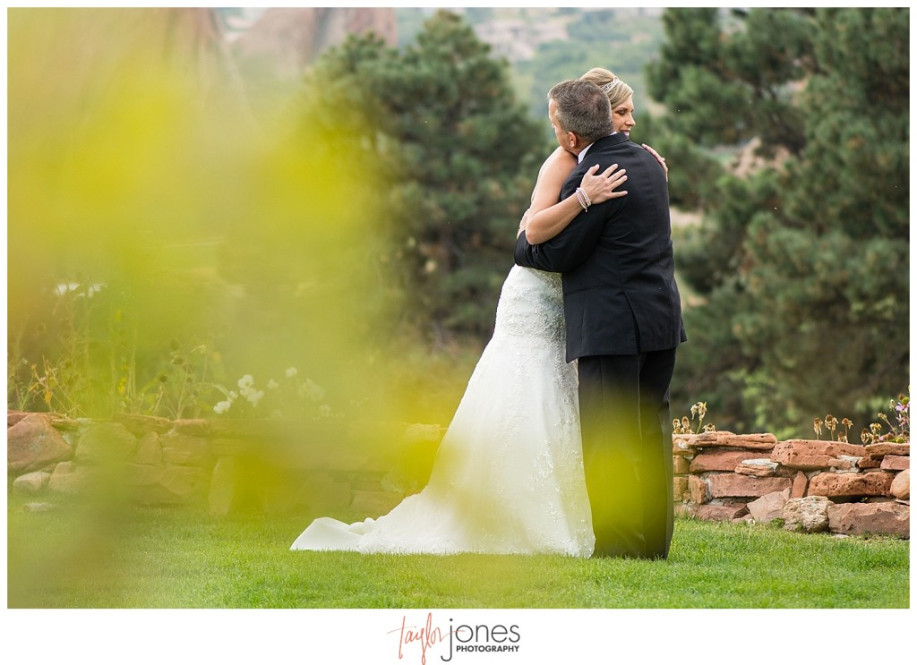 Arrowhead Golf Course fall wedding bride and father first look