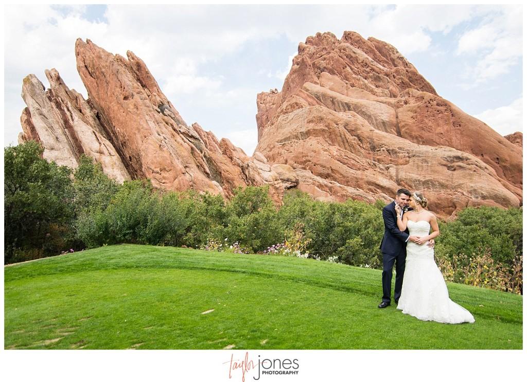 Arrowhead Golf Course fall wedding bride and groom first look portraits