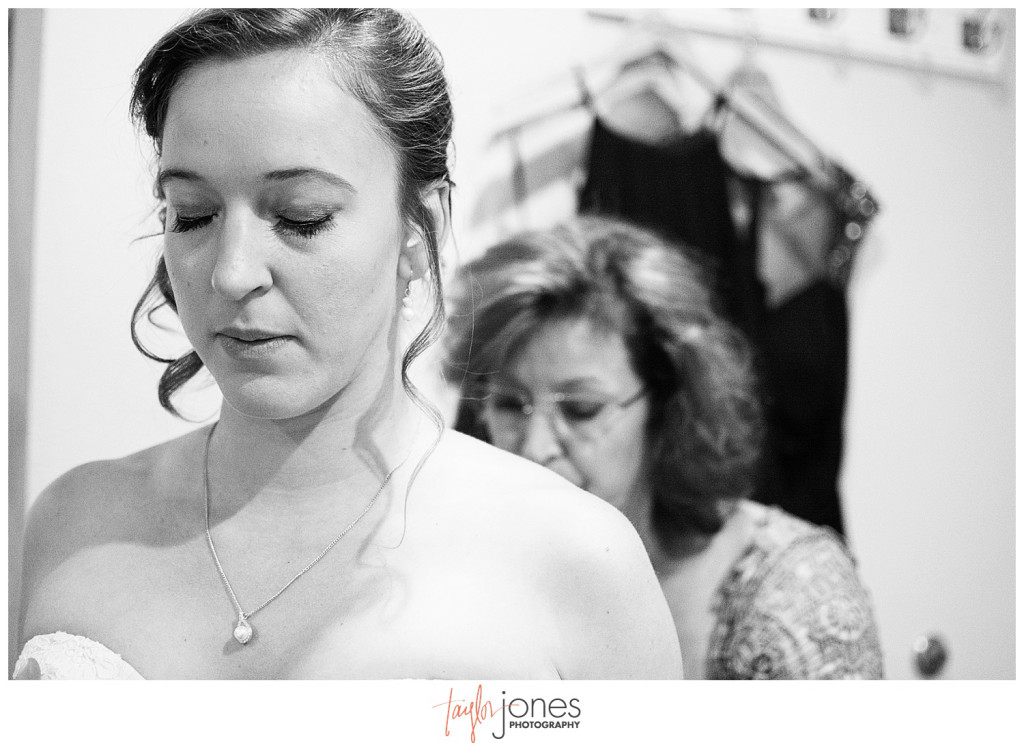 Pines at Genesee fall wedding bride getting ready