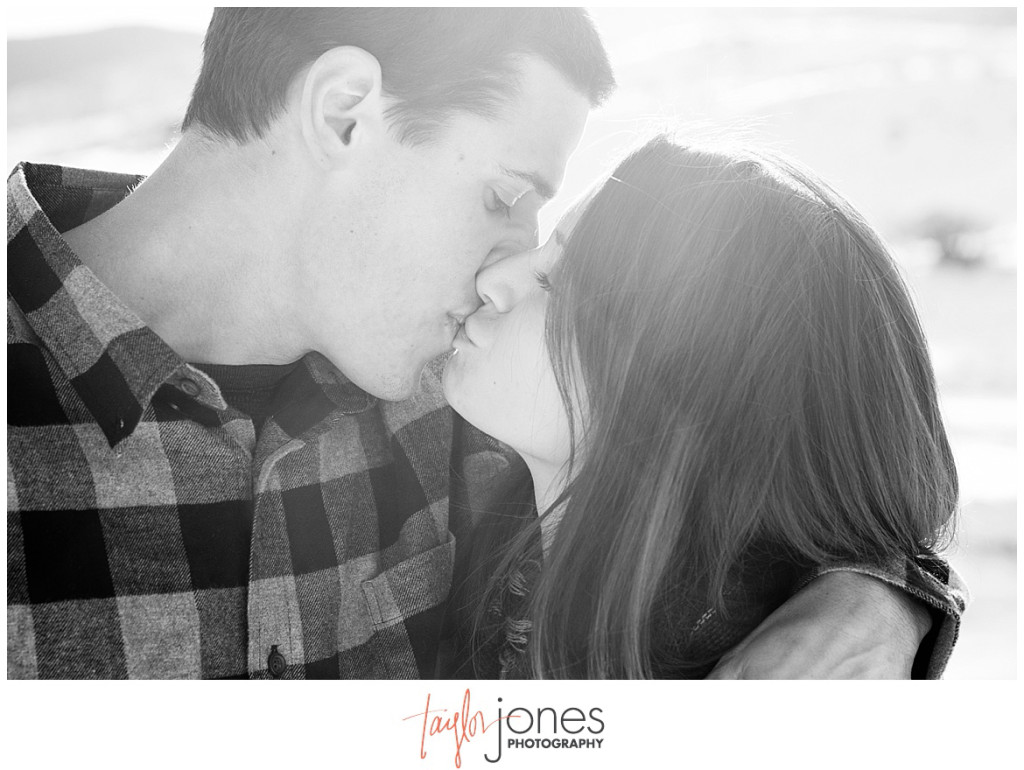 Caroline and Kyle Colorado engagement shoot in the winter in the mountains