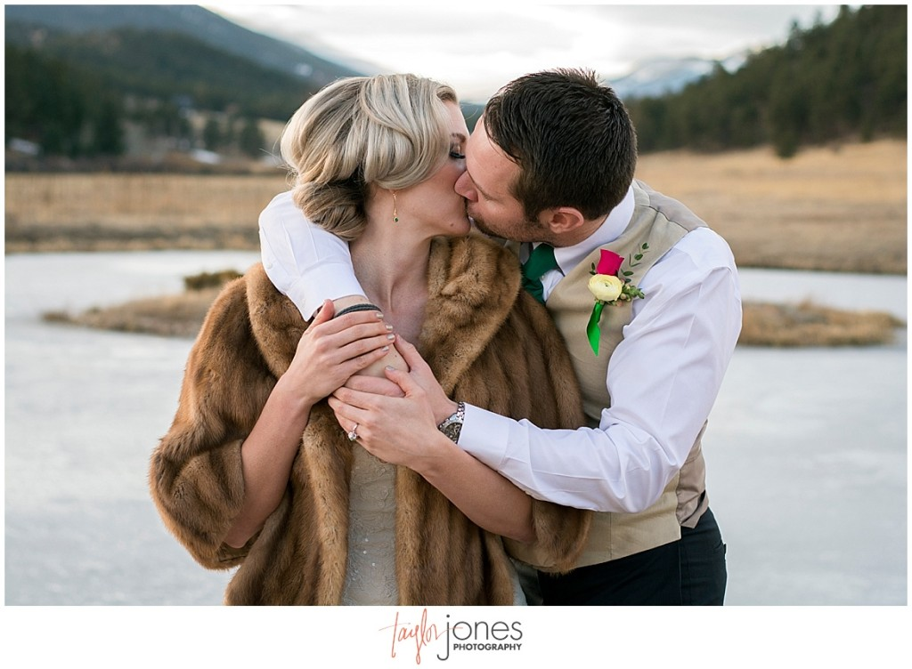 Colorado winter wedding photographer