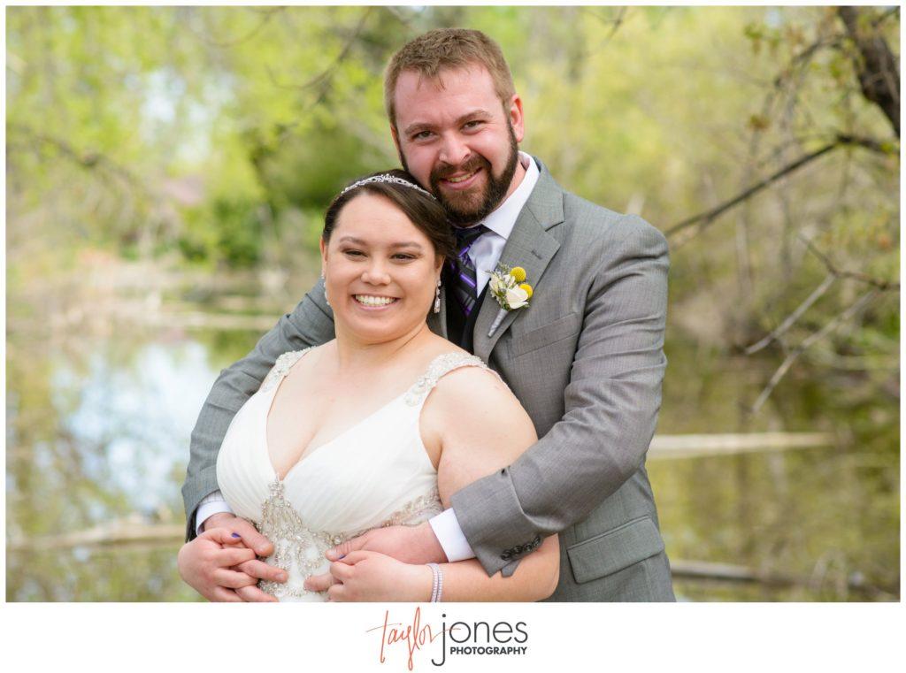 Colorado wedding photographer couple at Hudson Gardens