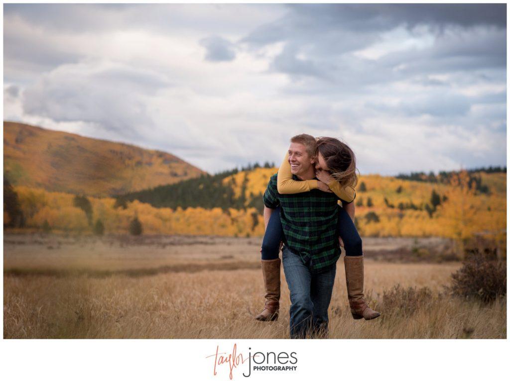 Kenosha Pass Colorado fall engagement shoot photographer