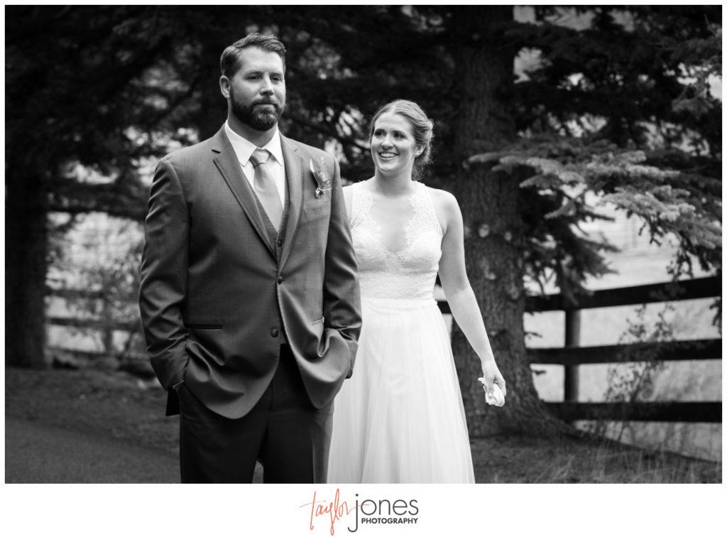 First look at Deer Creek Valley Ranch wedding