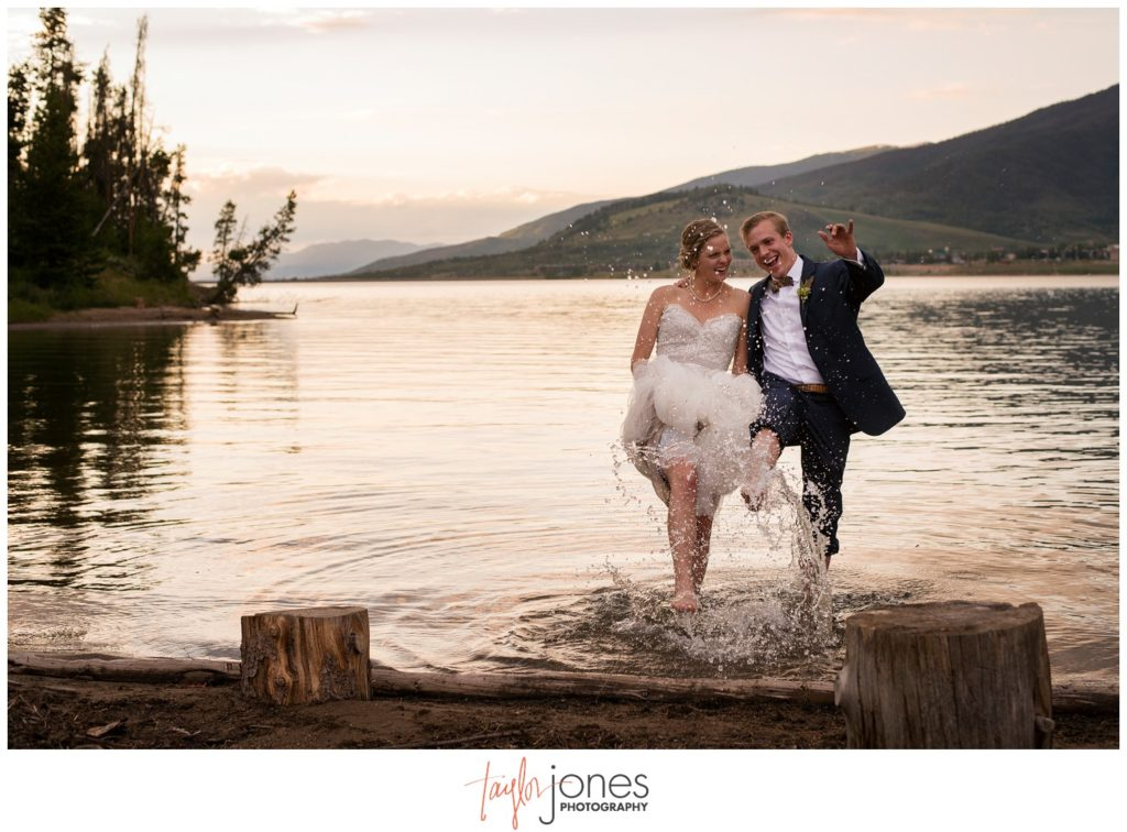 Breckenridge Colorado Wedding Photographer at Windy Point Lake Dillon