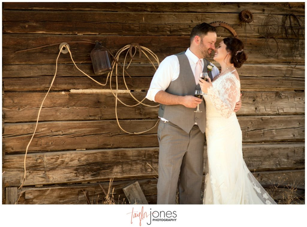 Missoula Montana wedding photographer at the Missoula Winery first look