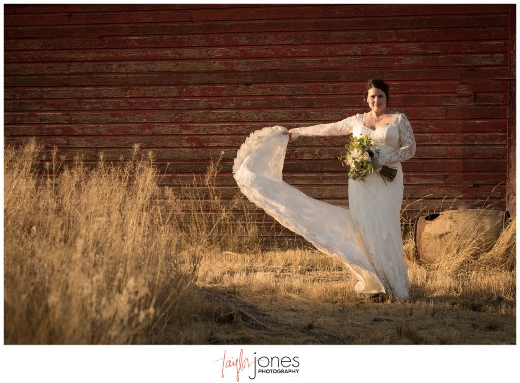 Missoula Montana wedding photographer at the Missoula Winery with bride
