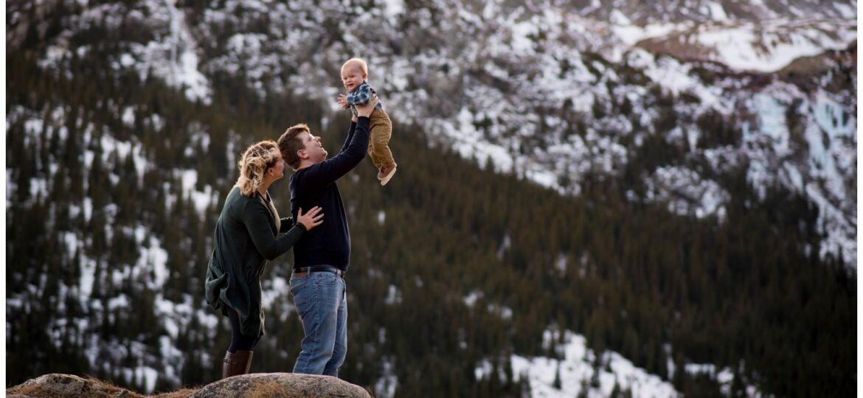 Breckenridge Colorado family photographer in the mountains