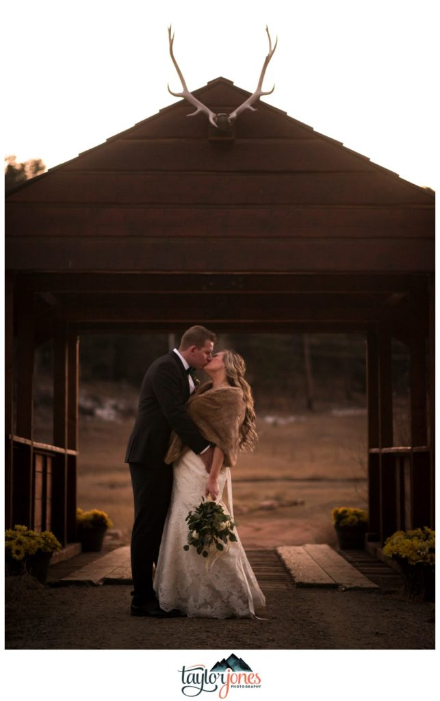 Deer Creek Valley Ranch winter wedding photographer Ellsworth
