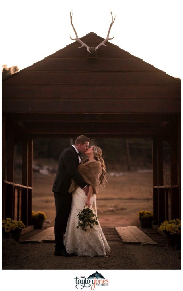 Deer Creek Valley Ranch winter wedding photographer Ellsworth
