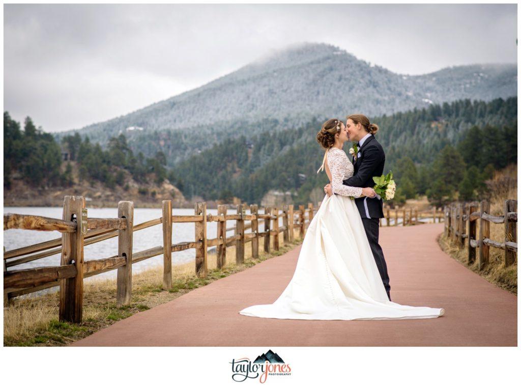 Evergreen Lake House winter wedding photographer