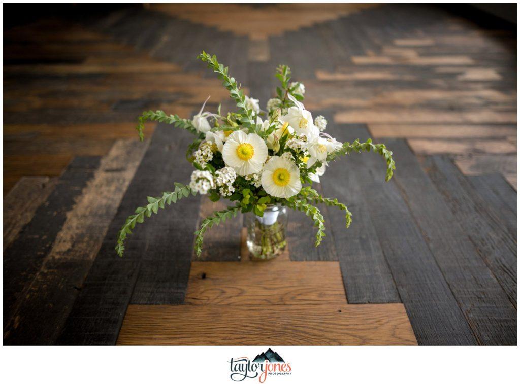 Surf Hotel Buena Vista Colorado wedding flower details