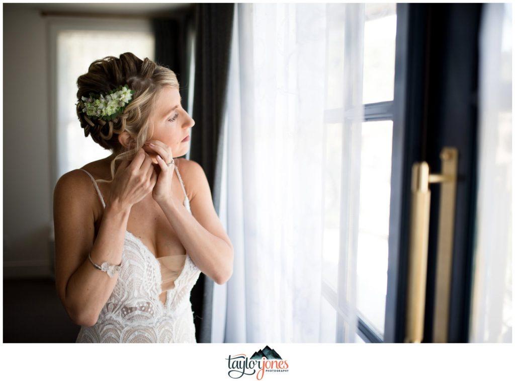 Surf Hotel Buena Vista Colorado wedding bride getting ready