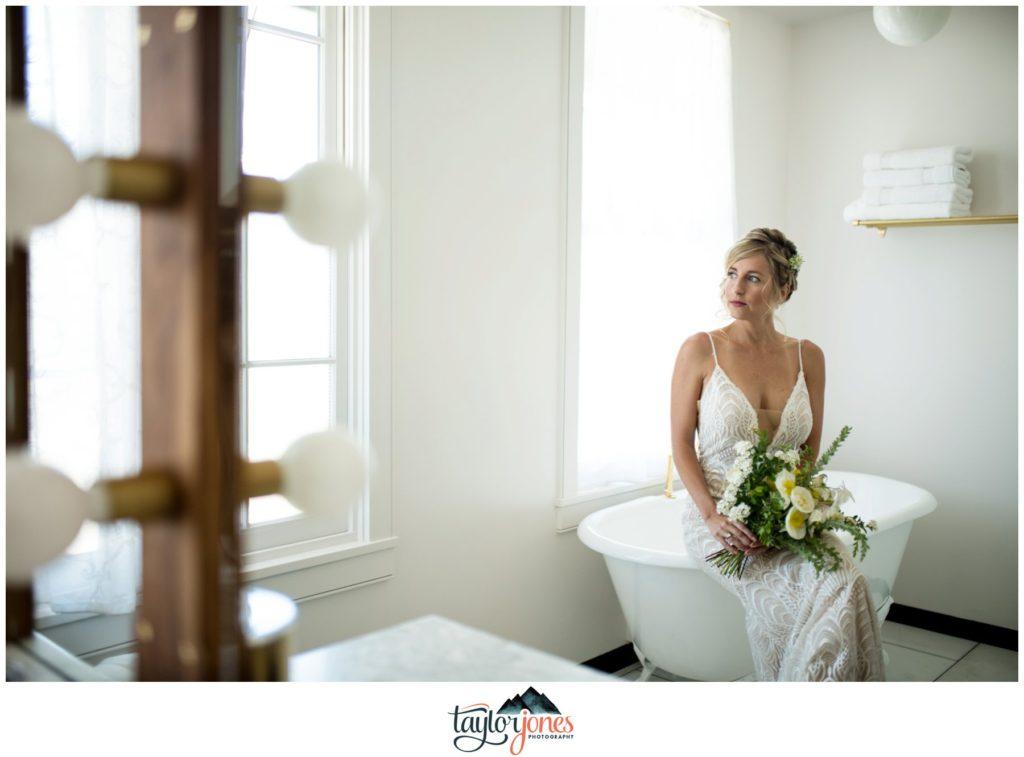 Surf Hotel Buena Vista Colorado wedding bride with bathtub