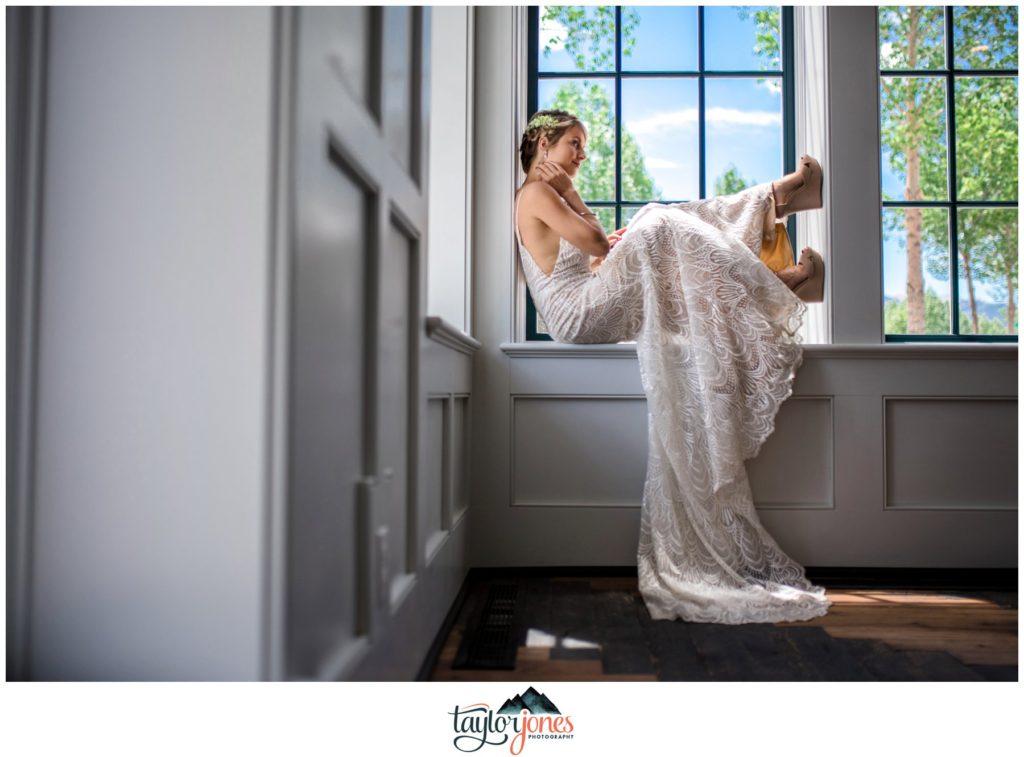 Wedding at the Surf Hotel Buena Vista Colorado bridal portraits