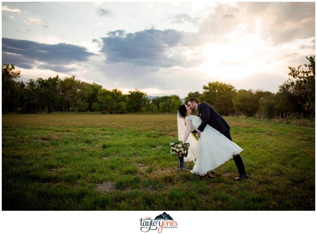 Farmhouse at Breckenridge Brewery Wedding bride and groom portraits